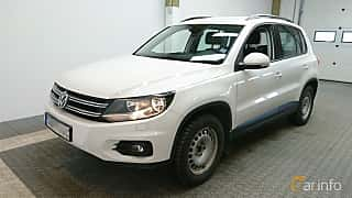 Front/Side  of Volkswagen Tiguan 2.0 TDI 4Motion Manual, 140ps, 2012