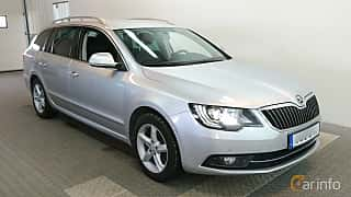 Front/Side  of Skoda Superb Combi 2.0 TDI 4x4 DSG Sequential, 170ps, 2015