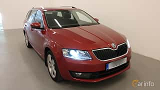 Front/Side  of Skoda Octavia Combi 1.4 CNG Manual, 110ps, 2015