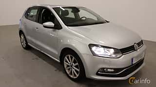 Front/Side  of Volkswagen Polo 5-door 1.2 TSI BlueMotion Manual, 90ps, 2015