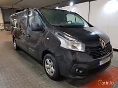 Front/Side  of Renault Trafic Van 1.6 dCi Manual, 115ps, 2015