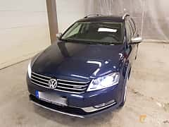 Front/Side  of Volkswagen Passat Alltrack 2.0 TDI BlueMotion 4Motion DSG Sequential, 177ps, 2015