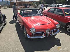 Front/Side  of Alfa Romeo Giulia 1600 Spider 1.6 Manual, 92ps, 1964