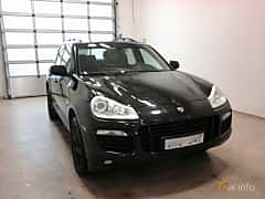 Front/Side  of Porsche Cayenne Turbo 4.8 V8 4 TipTronic S, 500ps, 2008