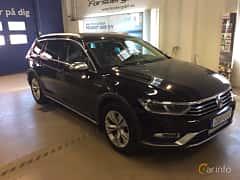 Front/Side  of Volkswagen Passat Alltrack 2.0 TDI SCR BlueMotion 4Motion DSG Sequential, 190ps, 2018