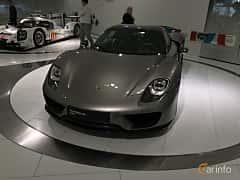 Fram/Sida av Porsche 918 Spyder 4.6 V8 + 6.8 kWh PDK, 887ps, 2014
