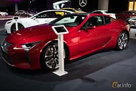 Fram/Sida av Lexus LC 500 5.0 V8 Automatic, 477ps, 2019 på LA Motor Show 2018