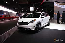 Front/Side  of Kia Niro 1.6 DCT, 146ps, 2017 at North American International Auto Show 2017