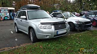 Front/Side  of Subaru Forester 2006 at Old Car Land no.2 2018