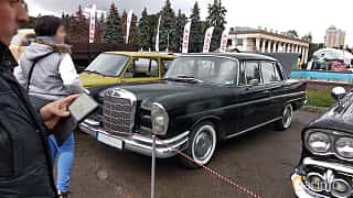 Front/Side  of Mercedes-Benz W111 Sedan 1963 at Old Car Land no.2 2018