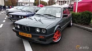 Front/Side  of BMW 3 Series 4-door Sedan 1988 at Old Car Land no.2 2018