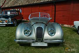 Front  of Jaguar XK120 Roadster 3.4 Manual, 162ps, 1952 at Sportbilsklassiker Stockamöllan 2019
