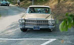 Front  of Cadillac Fleetwood Eldorado Convertible 7.0 V8 OHV Hydra-Matic, 345ps, 1964 at Stockholm Vintage & Sports Car meet 2019