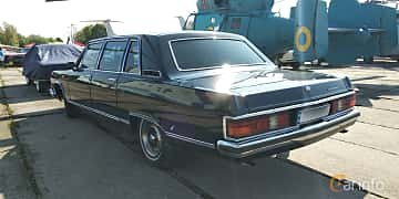 Back/Side of GAZ 14 Chaika 5.5 V8 Automatic, 220ps, 1988 at Old Car Land no.1 2019