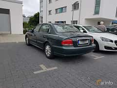 Bak/Sida av Hyundai Sonata 2.7 V6 Automatic, 173ps, 2002