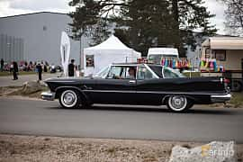 Side  of Imperial Crown 2-door Southampton 6.4 V8 TorqueFlite, 349ps, 1958 at Wheelers Cruising, Vetlanda 2017