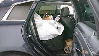 Interior of Cadillac SRX 3.6 V6 AWD Automatic, 311ps, 2014