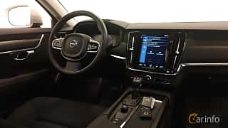 Interior of Volvo V90 Cross Country 2.0 D4 AWD Geartronic, 190ps, 2018