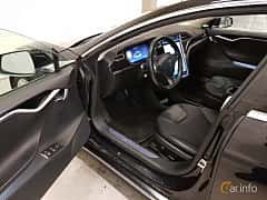 Interiör av Tesla Model S 85D 85 kWh AWD Single Speed, 423ps, 2015