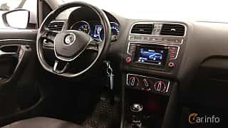 Interior of Volkswagen Polo 5-door 1.2 TSI BlueMotion Manual, 90ps, 2015