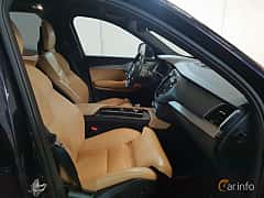 Interior of Volvo XC90 T8 AWD Geartronic, 407ps, 2017
