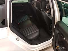 Interiör av Volkswagen Passat Variant 2.0 TDI BlueMotion DSG Sequential, 170ps, 2012