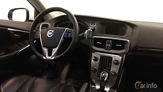 Interior of Volvo V40 D2 Geartronic, 120ps, 2016