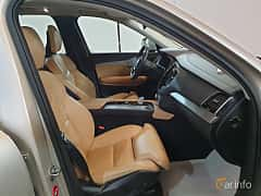 Interior of Volvo XC90 T8 AWD Geartronic, 407ps, 2016
