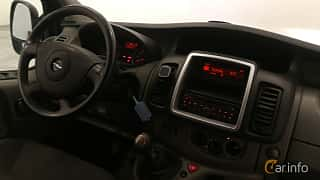 Interiör av Opel Vivaro Van 2.0 dCi Manual, 115ps, 2014