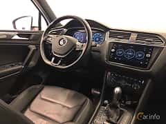 Interior of Volkswagen Tiguan 2.0 TDI SCR BlueMotion 4Motion DSG Sequential, 190ps, 2018