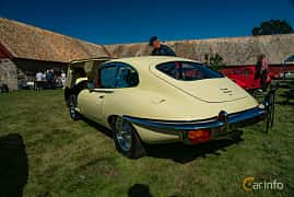 Back/Side of Jaguar E-Type 2+2 4.2 XK Manual, 269ps, 1969 at Sportbilsklassiker Stockamöllan 2019