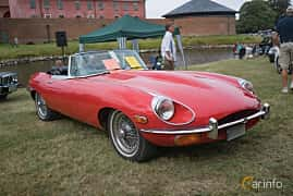 Fram/Sida av Jaguar E-Type Roadster 4.2 XK Manual, 269ps, 1970 på Thulinträffen 2017