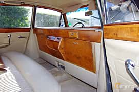 Interior of Jaguar Mark X 4.2 XK Manual, 269ps, 1966