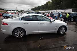 Side  of Jaguar XF 2.2 TDi4 Automatic, 200ps, 2015 at Autoropa Racing day Knutstorp 2015