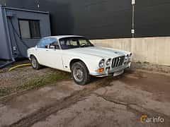 Fram/Sida av Jaguar XJ 4.2 XK6 Automatic, 186ps, 1971