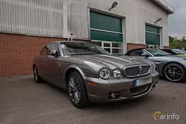 Front/Side  of Jaguar XJ 4.2 V8 Automatic, 298ps, 2008 at Joe's garage 2019´s stora Jaugurevent