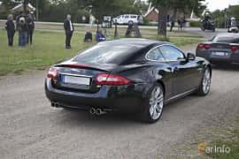 Back/Side of Jaguar XKR 5.0 V8 Automatic, 510ps, 2012 at Tisdagsträffarna Vikingatider v.25 / 2017
