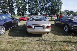 Back of Jaguar XKR 4.0 V8 Automatic, 363ps, 2002 at Tisdagsträffarna Vikingatider v.21 / 2018