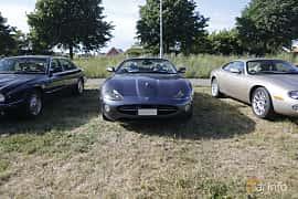 Front  of Jaguar XK Convertible 4.2 V8 Automatic, 298ps, 2006 at Tisdagsträffarna Vikingatider v.21 / 2018