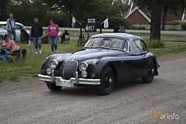 Front/Side of Jaguar XK150 3.4 Manual, 213ps, 1957 at Tisdagsträffarna Vikingatider v.25 / 2017