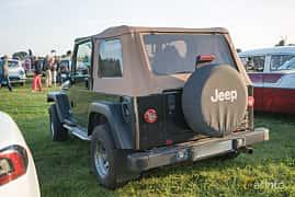 Bak/Sida av Jeep Wrangler 4.0 V6 4WD Manual, 177ps, 1997 på Tisdagsträffarna Vikingatider v.35 / 2017