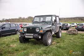 Fram/Sida av Jeep Wrangler 4.0 4WD  Automatic, 169ps, 1999 på Lucys motorfest 2018