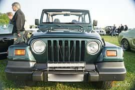Fram av Jeep Wrangler 4.0 4WD Automatic, 169ps, 1999 på Tisdagsträffarna Vikingatider v.21 / 2017