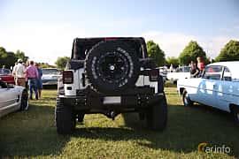 Bak av Jeep Wrangler Unlimited 2.8 4WD Automatic, 200ps, 2012 på Tisdagsträffarna Vikingatider v.21 / 2018