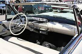 Interiör av Lincoln Capri Convertible 5.2 V8 Automatic, 228ps, 1955 på Cruising Lysekil 2019