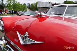 Close-up of Lincoln Capri Sedan 5.2 V8 Automatic, 208ps, 1954 at Motorträff på Olofsfors Bruk 2019