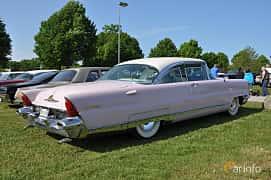Back/Side of Lincoln Premiere 2-door Hardtop 6.0 V8 Automatic, 279ps, 1956 at Hässleholm Power Start of Summer Meet 2016