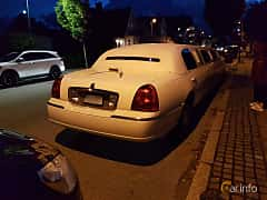 Bak/Sida av Lincoln Town Car 4.6 V8 Automatic, 242ps, 2003