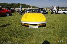 Front  of Lotus Elan Roadster 1.5 Manual, 116ps, 1966 at Tjolöholm Classic Motor 2018