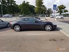 Side  of Maserati GranTurismo 4.2 V8  Automatic, 411ps, 2008